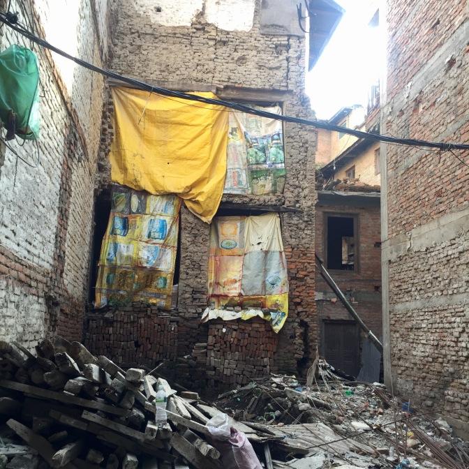 2015 earthquake traces – 10/2017, Patan, Nepal